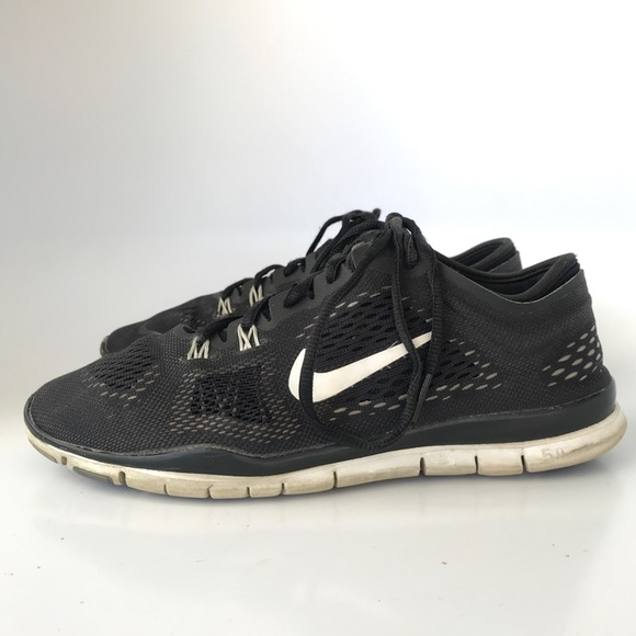 best loved 34ce1 d1ce8 Women s Nike Free TR Fit 4 Black white